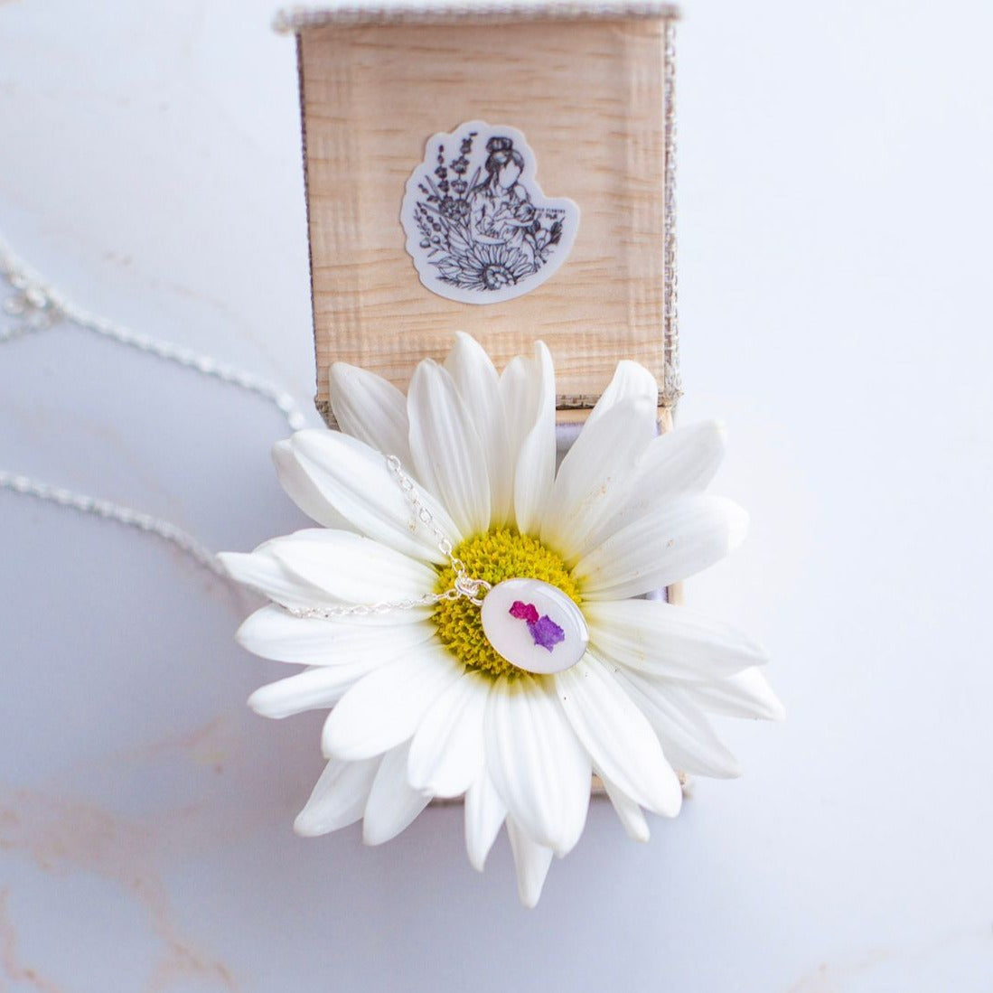 Milky Celebration Classic Necklace