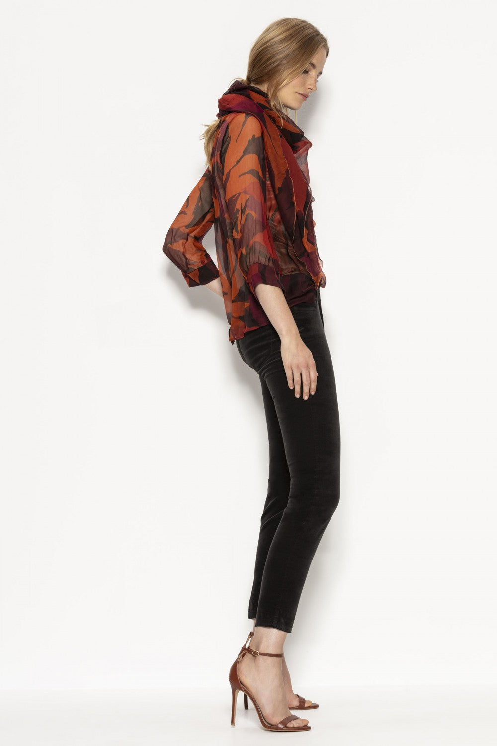 Skinny 5-Pocket Velvet Pants by Luisa Cerano at Jophiel