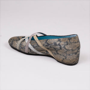 Nailah Wedge by Thierry Rabotin at Jophiel
