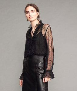 SLIP-ON BLOUSE IN MESH LOOK WITH TOP