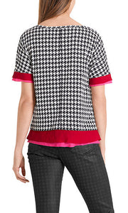TOP W/ HOUNSTOOTH PATTERN