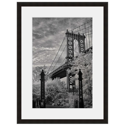 Image shown in Black Onyx frame with white mat. New York City, New York, Manhattan Bridge, photographed by Vincent Versace.
