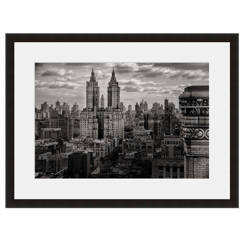 Image shown in Black Onyx frame with white mat. New York City, New York, photographed by Vincent Versace.