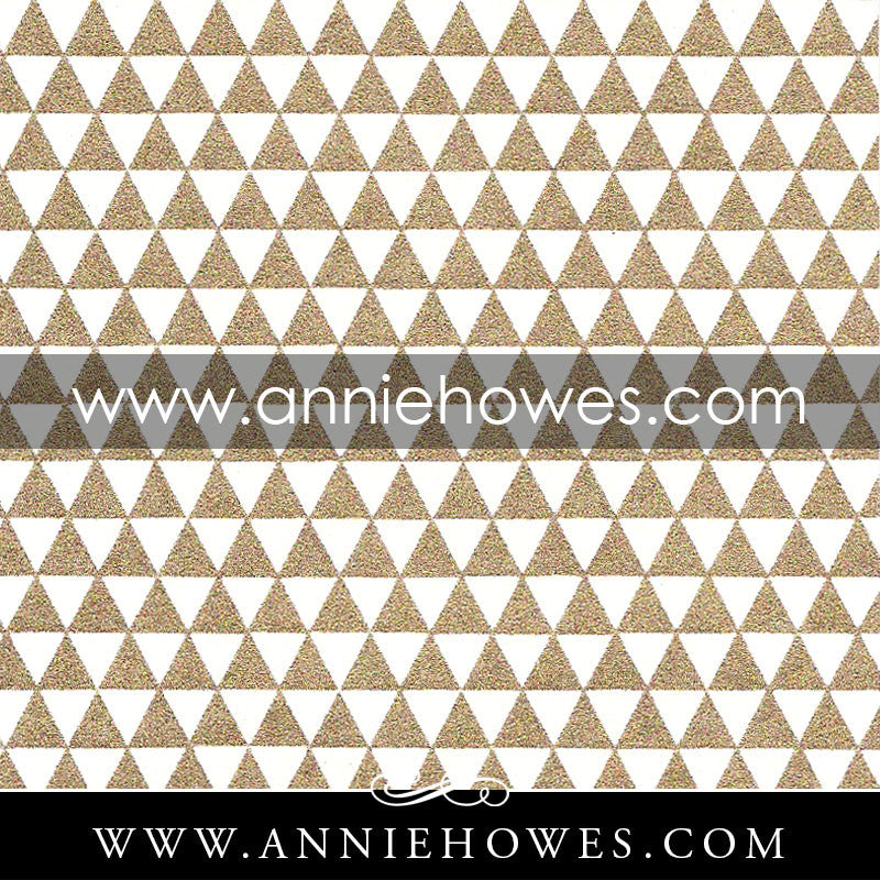 "Chiyogami Paper - Triangles in Gold and White 4"" x 6"" sheet. (086)"