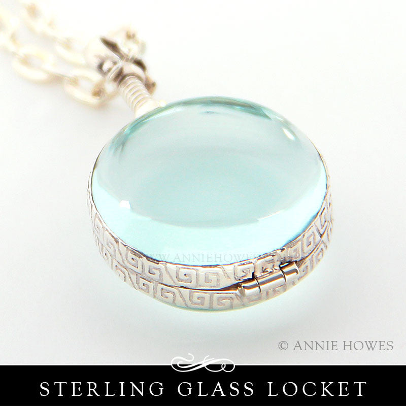 Sterling Silver and Glass Locket - Circle
