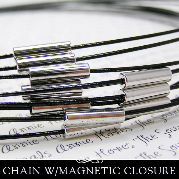 Cable Choker with Silver Plated Magnetic Clasp.