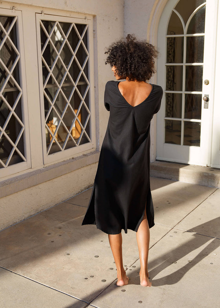 Together Segal Andi Caftan Petite Dress in Black in Laguna Gloria Austin, TX