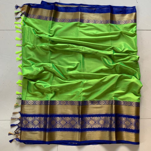 Didi Green Gorgeous Soft Cotton Silk Saree With Blouse Piece ( Roshni-Green )