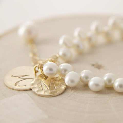 Personalized Gifts for Brides/Bridal Jewelry Guide/Pearl Bridal Bracelet