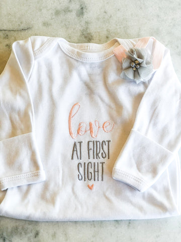 Love At First Sight, Baby Gown