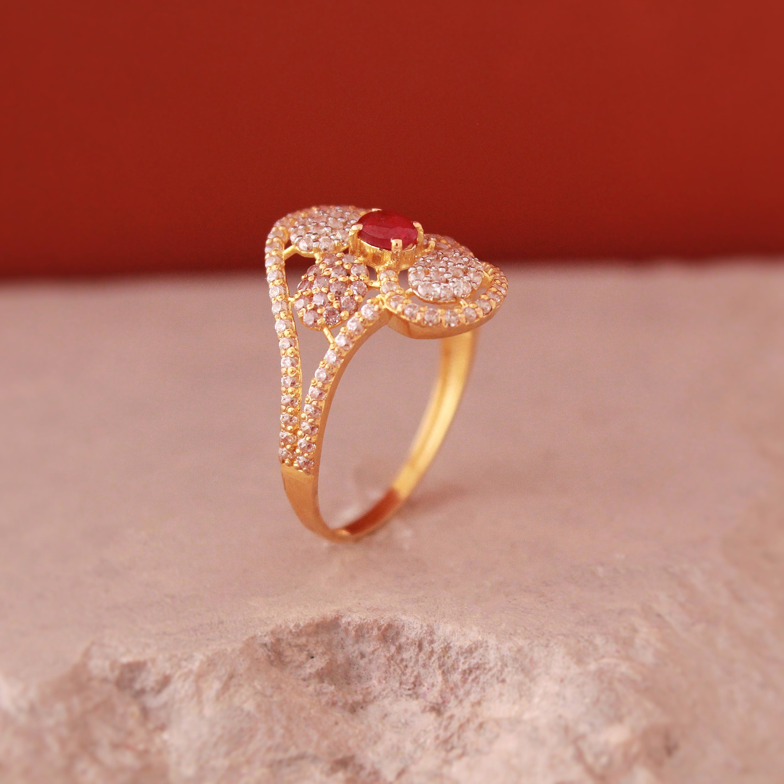 Floral Ring in 21k Gold