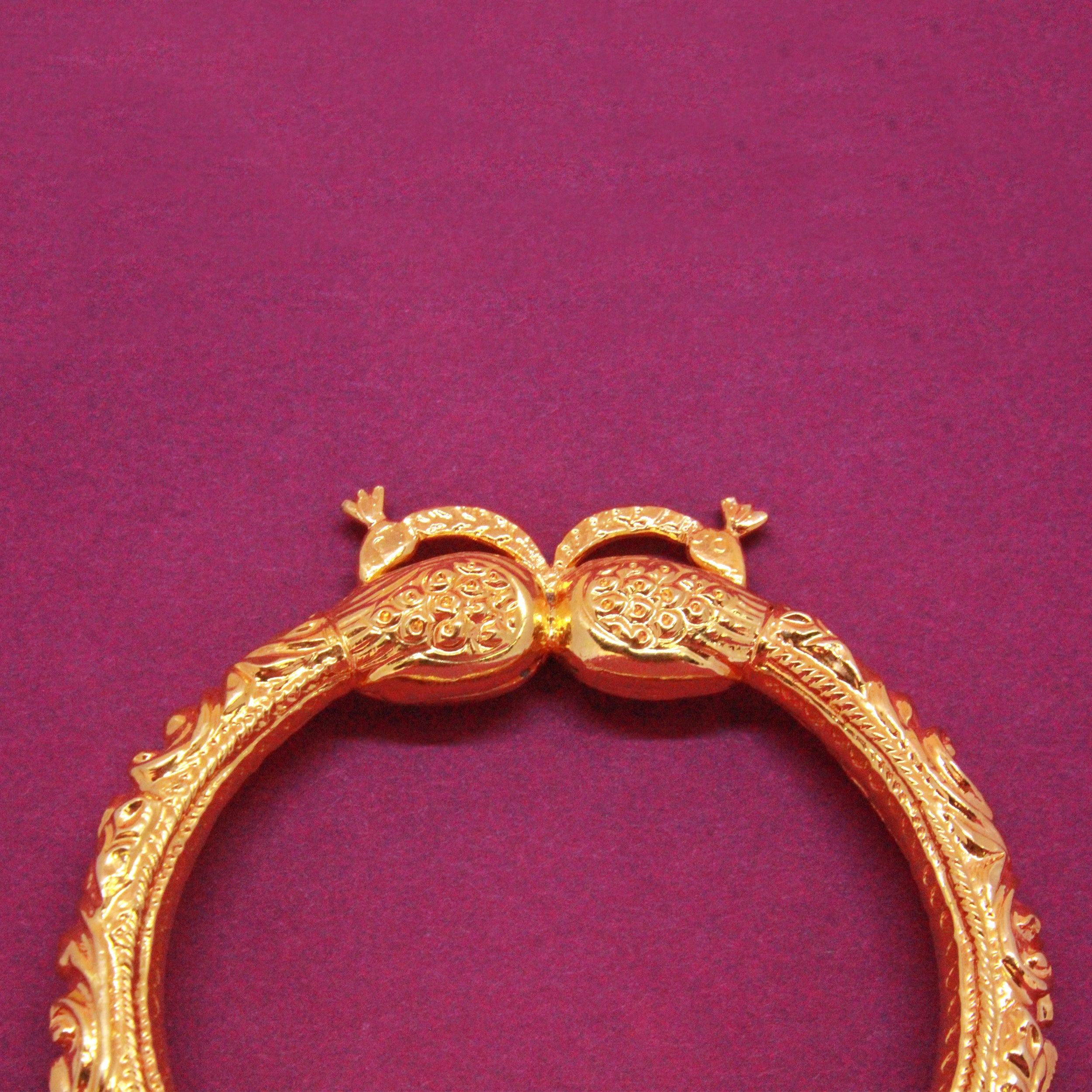 Peacock Bangle with Carving