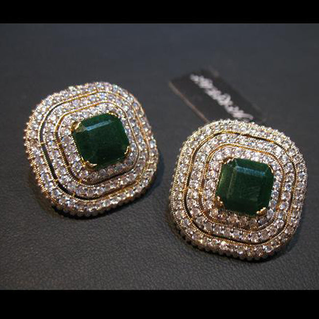 Earings in jade-0