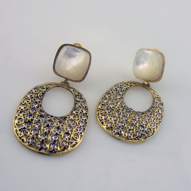 Chandbali style earrings-0