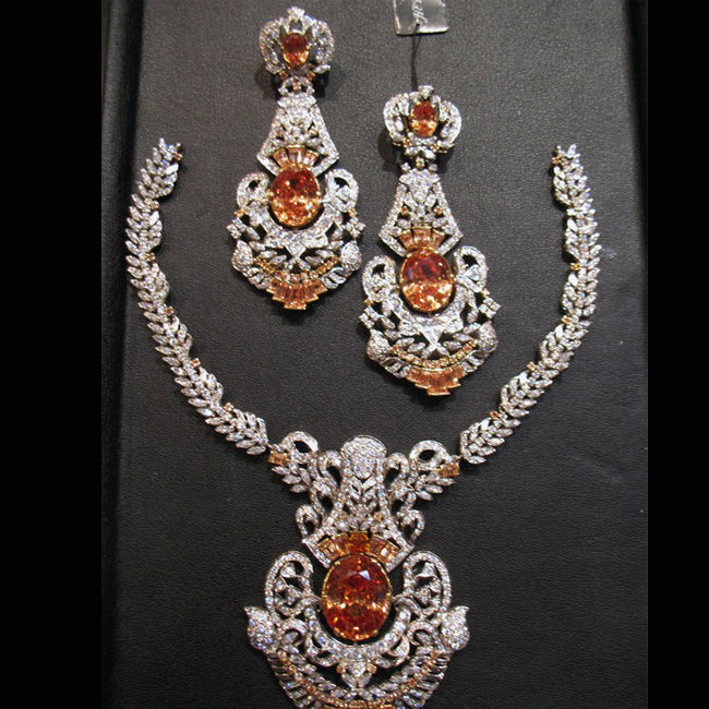 Necklace set in Shampain-0