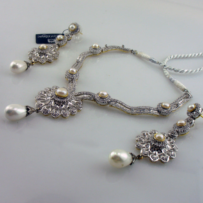 Set in Pearls-292