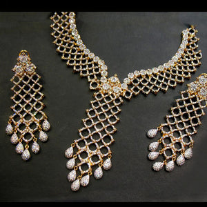 Necklace set in zircons-0