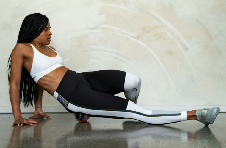 How to foam roll your Glutes