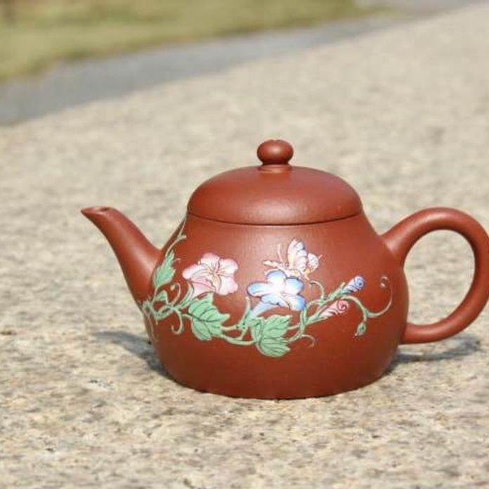 Zhuni Meng Chen Small Yixing Teapot with Diancai Flowers and Butterfly, 点彩朱泥孟臣小品, 120ml