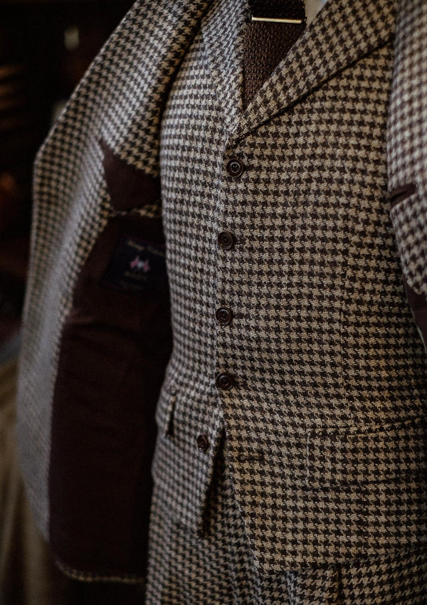 Goodman Waistcoat - Undyed Natural Houndstooth