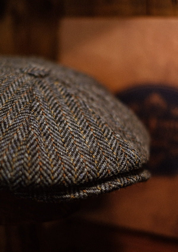 Stanton Baker Boy - (Wide-Width) Grey Herringbone (Yellow Stripe) Harris Tweed