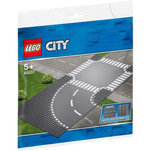 Load image into Gallery viewer, Lego® City Set Kurve und Kreuzung - 60237 - KamelundMilch.de
