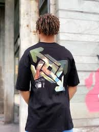 t-shirt cross noir