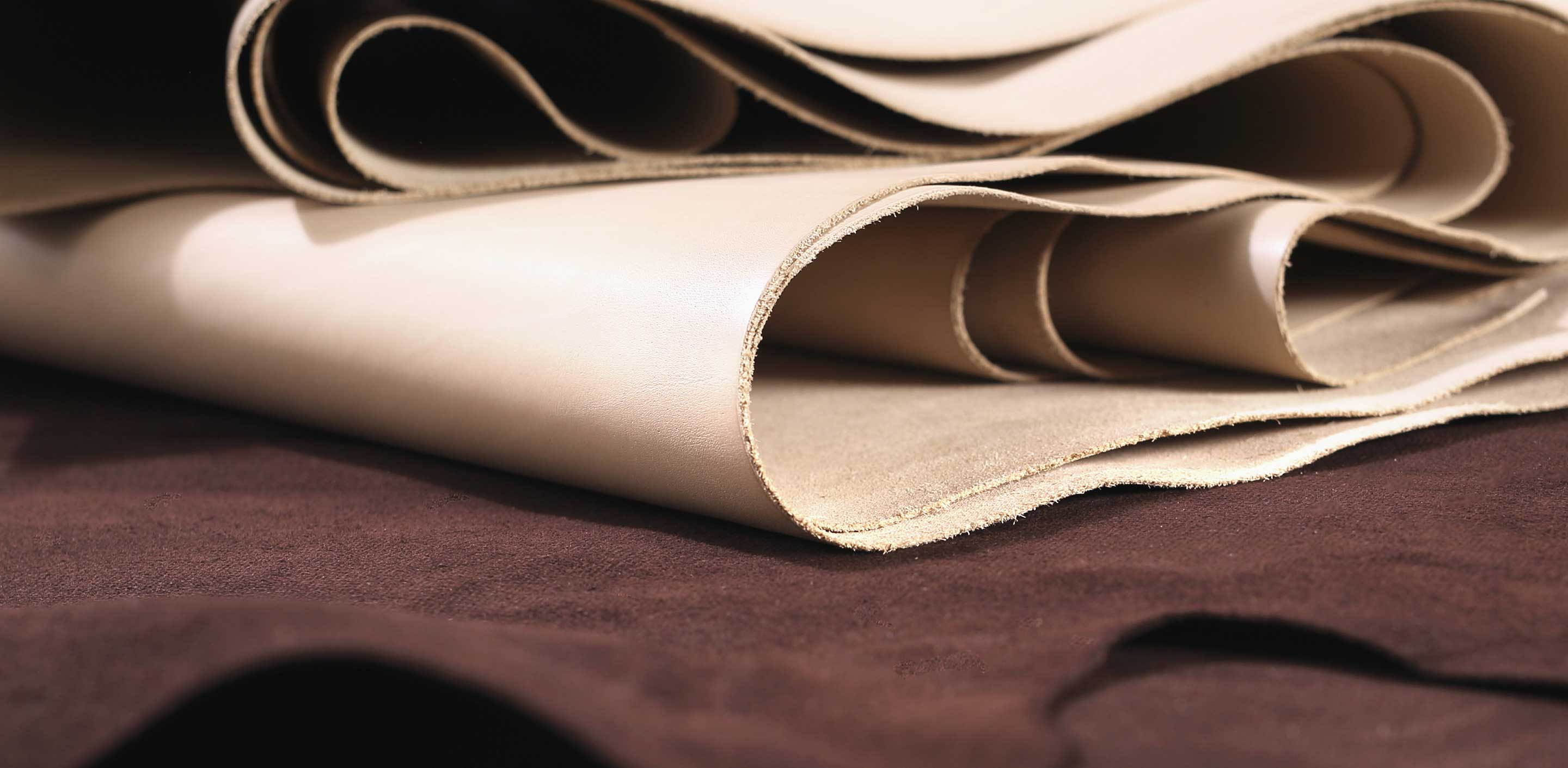 What Is The Difference Between Top Grain Leather And Split Leather?