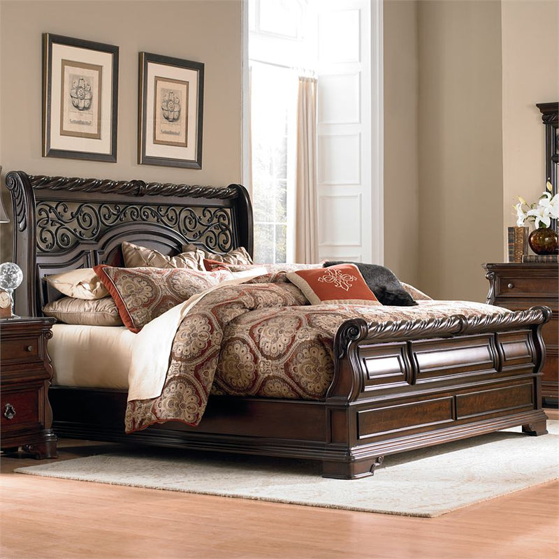 Liberty Furniture Arbor Place Sleigh Footboard King Bed image