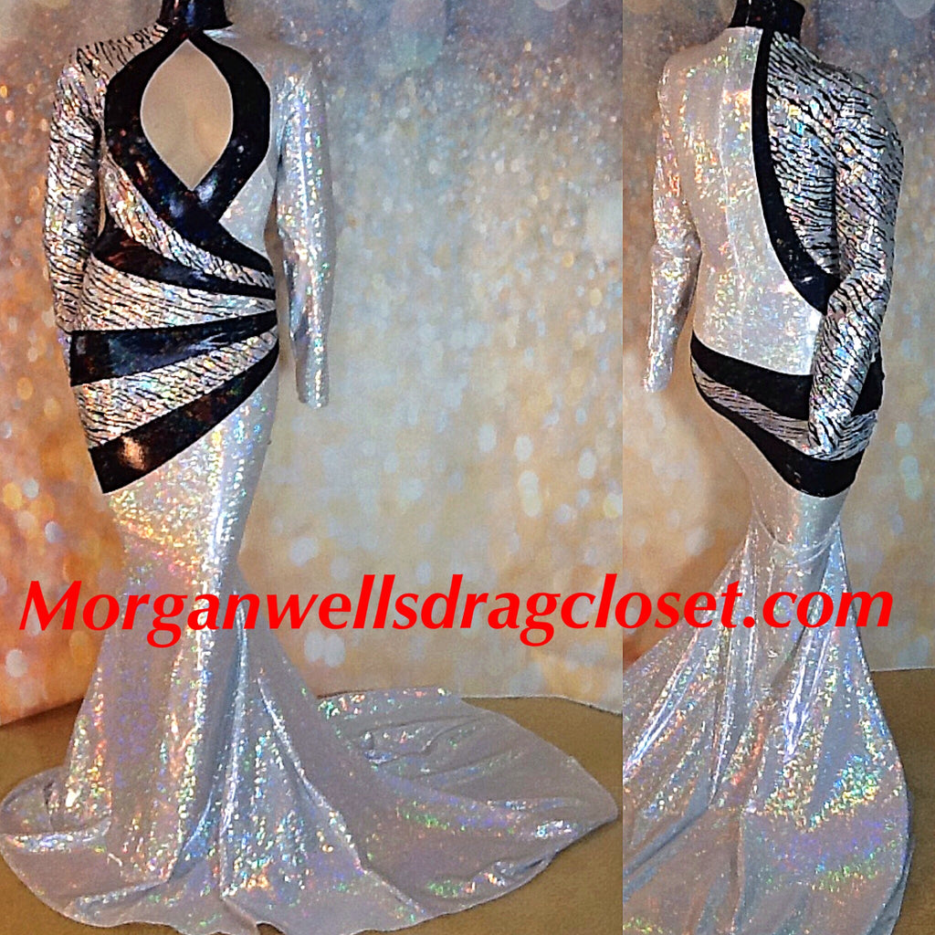 SILVER AND BLACK SPARKLE STRETCH DRESS!