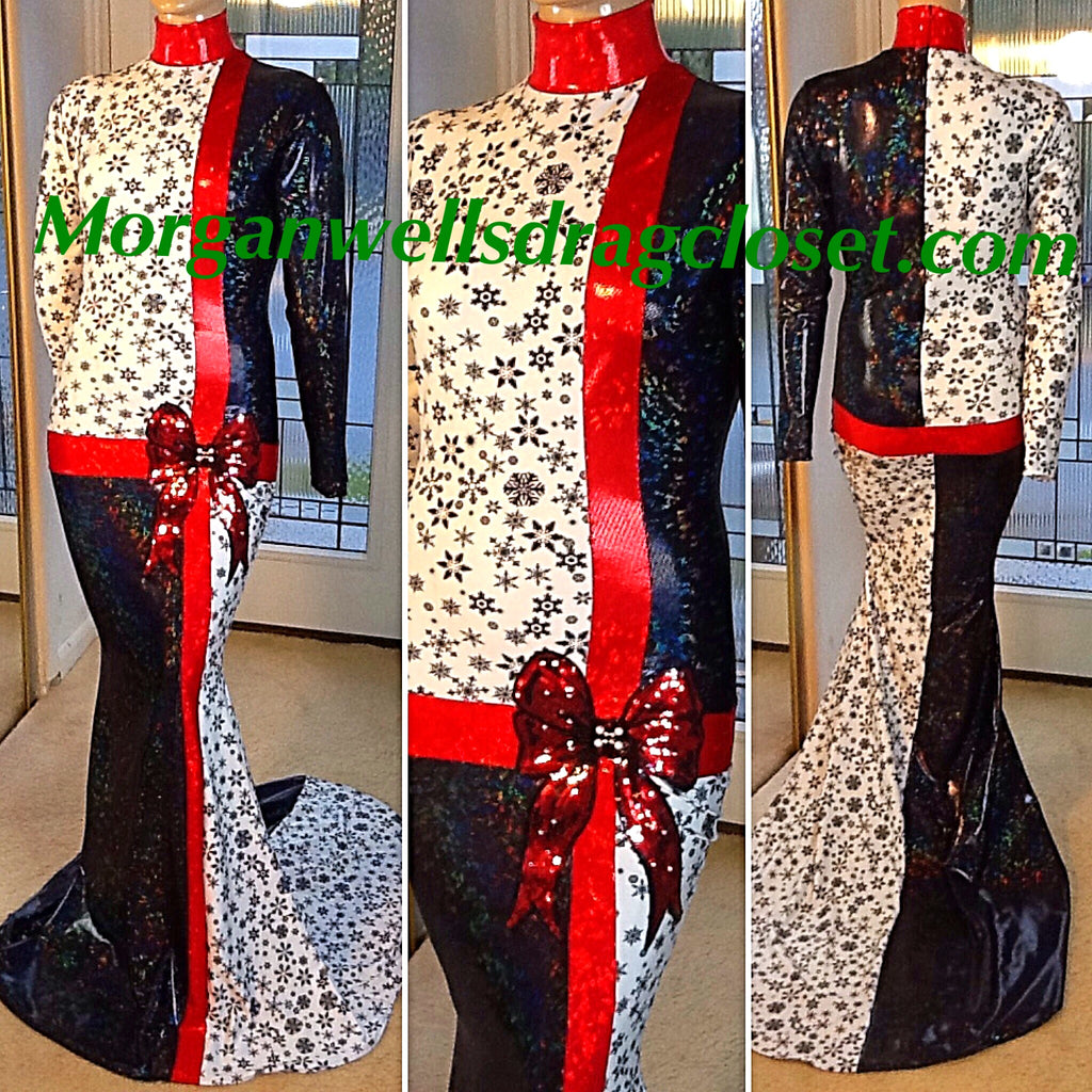 BLACK WHITE AND RED  HOLOGRAM CHRISTMAS PRESENT DRESS