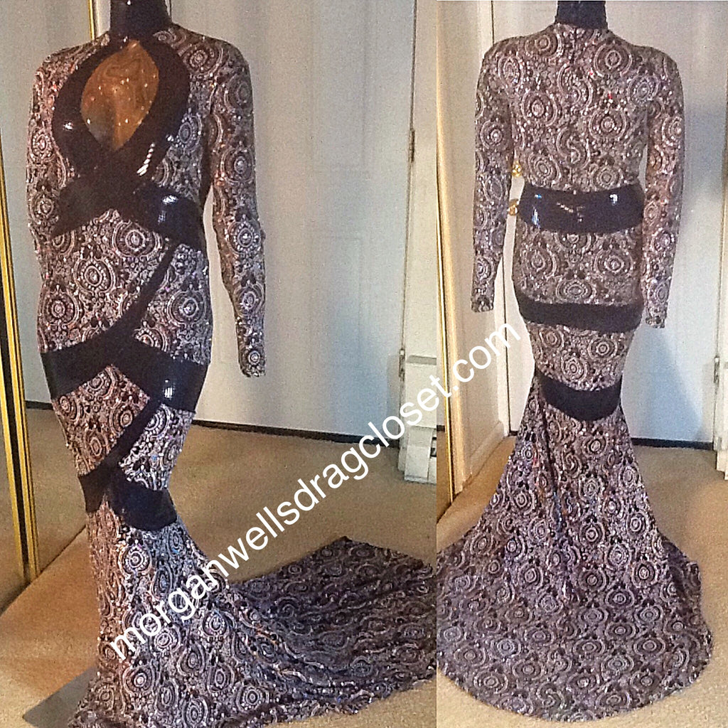 SILVER GOLD AND BLACK SPARKLE SPRETCH DRESS!