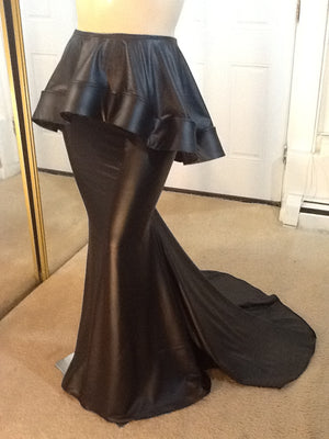 DRAG MATCHABLES BLACK FULL LENGTH STRETCH VYNIL PEPBLUM SKIRT