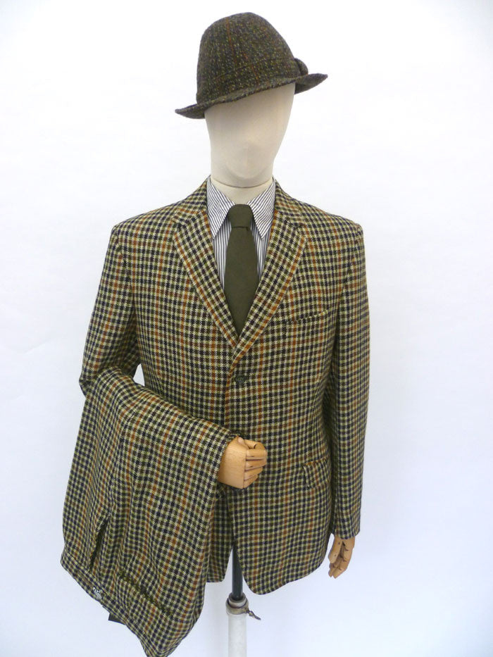 VINTAGE 1970-dated HECTOR POWE TWEED SUIT 42 LONG W35