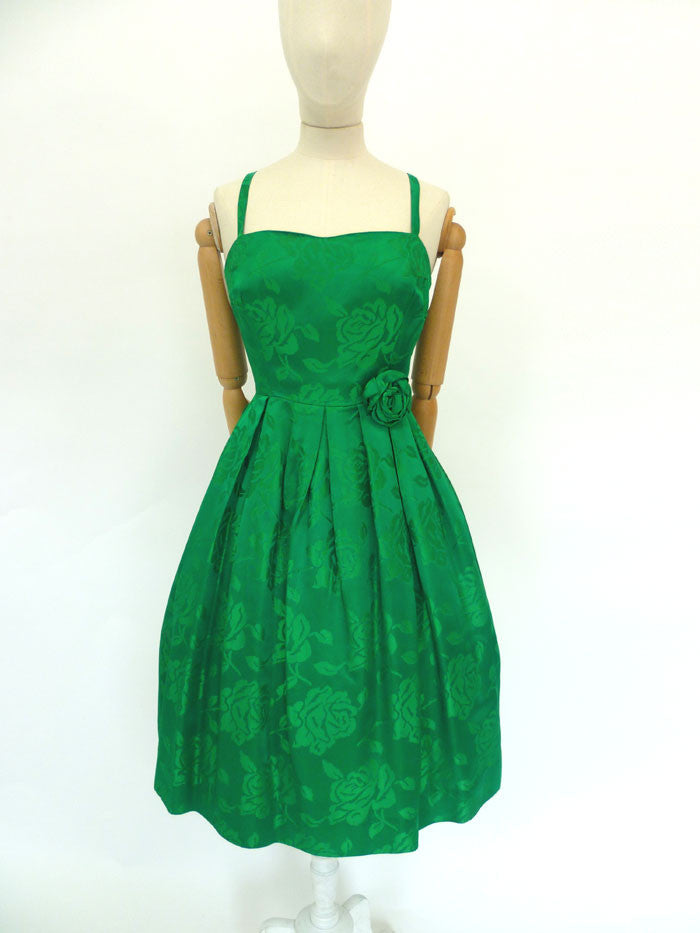 VINTAGE 1950s EVENING SWING DRESS 10