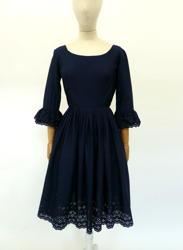 VINTAGE 1950s LACE SWING DRESS 6