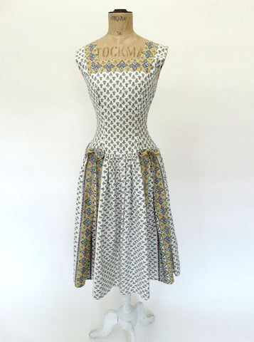 VINTAGE 40s CARNEGIE TEA DRESS 4