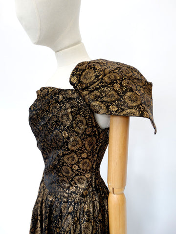 VINTAGE 1950s BROCADE EVENING DRESS 10