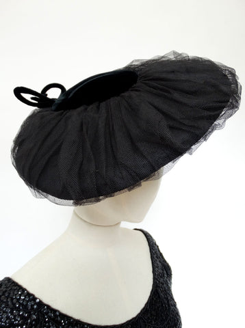VINTAGE 1940s VYSEBOROUGH TILT HAT
