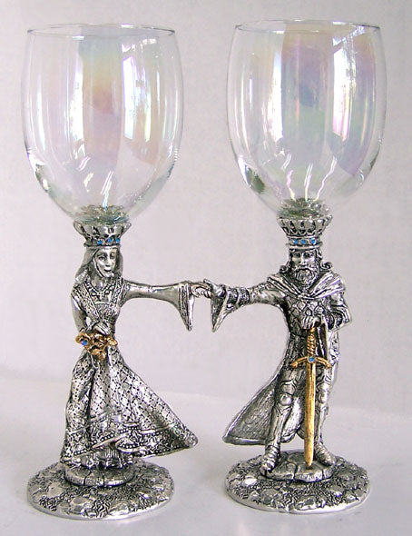 1 Arthur & 1 Guinevere wedding wine glasses made from pewter with Arthur & Guinevere positioned holding hands