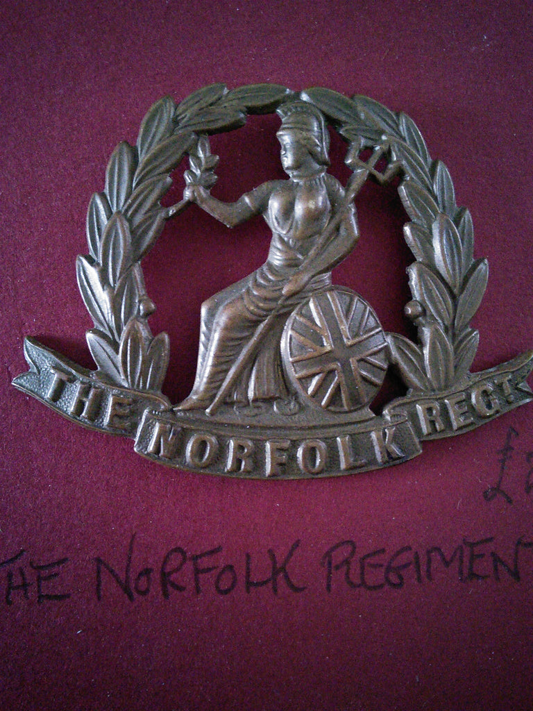 Original cap badge The Norfolk Regiment