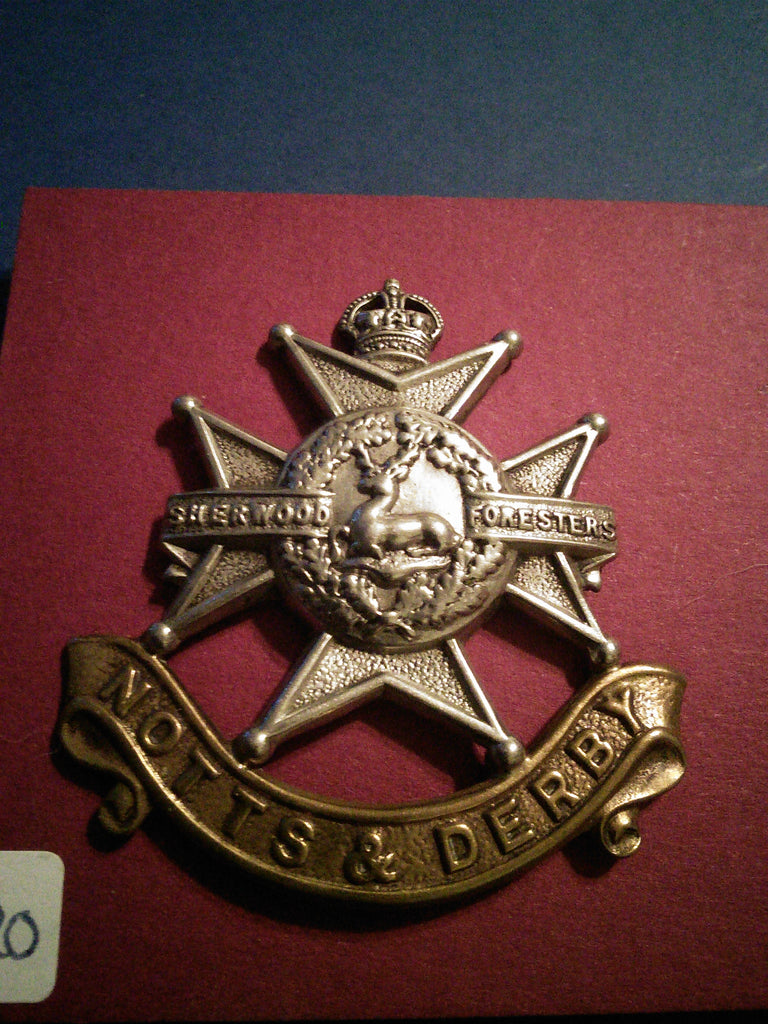 The Sherwood Foresters (Nottinghamshire and Derbyshire) Regiment original cap badge, WW2