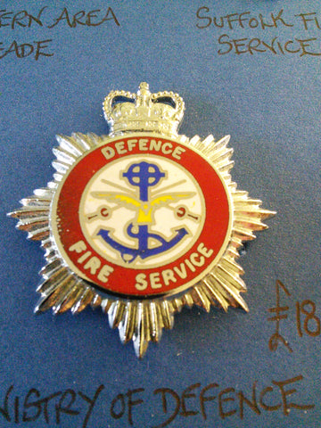 Vintage Ministry of Defence Fire Service cap badge
