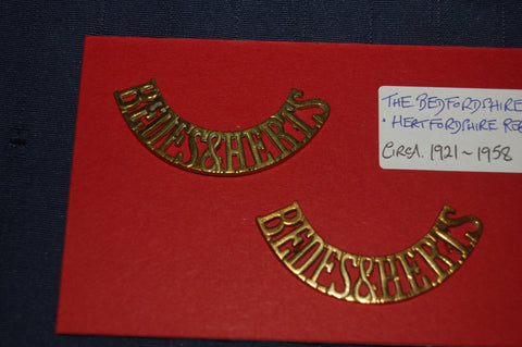 Beds & Herts Brass Shoulder Titles