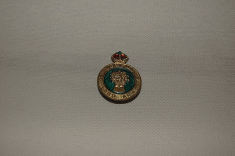 Original WW2  Womens Land Army (WLA) Hat / Uniform Badge