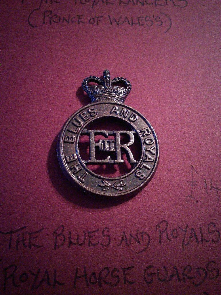 Original bronze cap badge The Blues and Royals (Royal Horse Guards and 1st Dragoons)