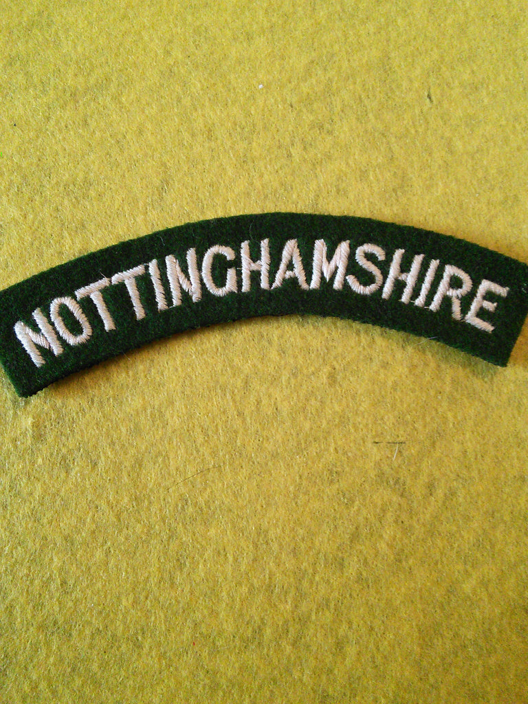 Original WW2 Notts and Derbyshire Regiment (Sherwood Foresters) cloth shoulder titles