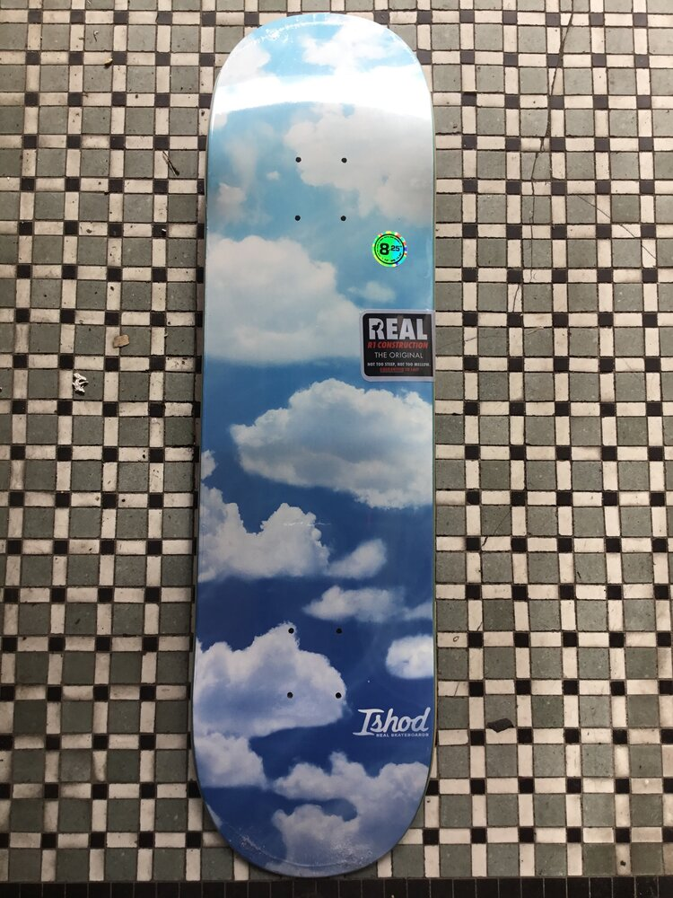 Real Ishod Sky High Deck 8.25