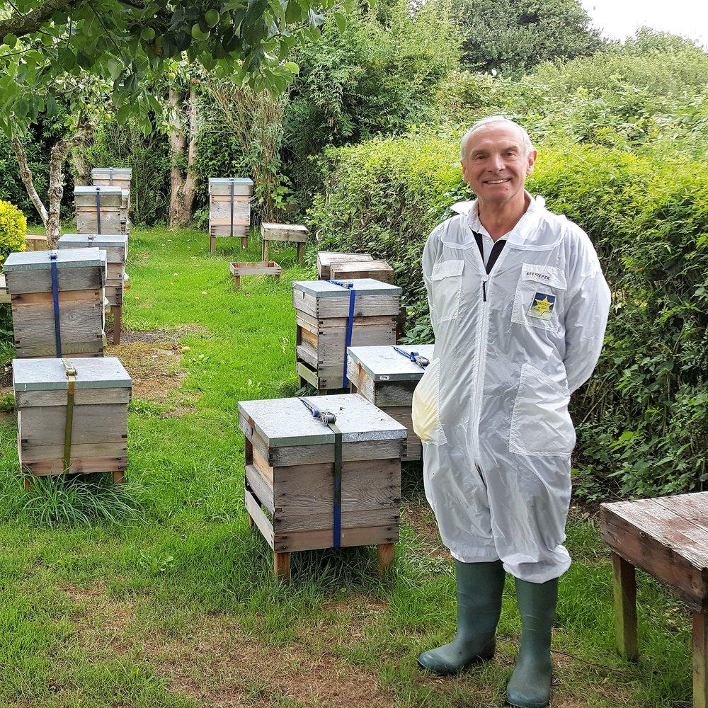 Raw Honey from Ramsbury, Wiltshire UK (floral)-Hive & Keeper