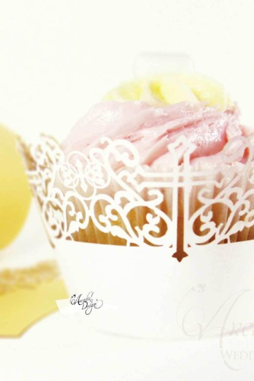 Arcadia Designs Cross Cupcake Wrapper